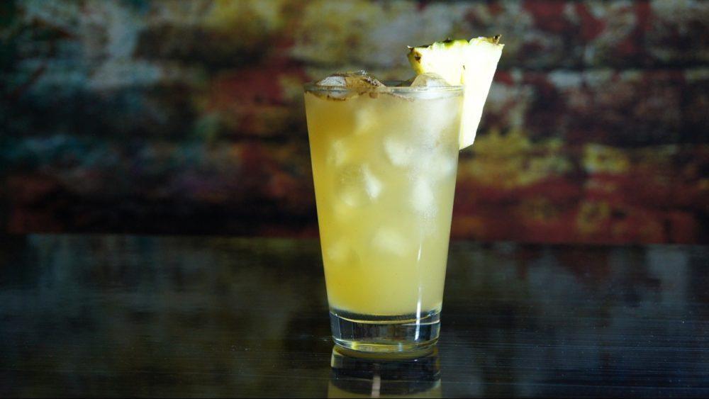 Ром с ананасовым соком