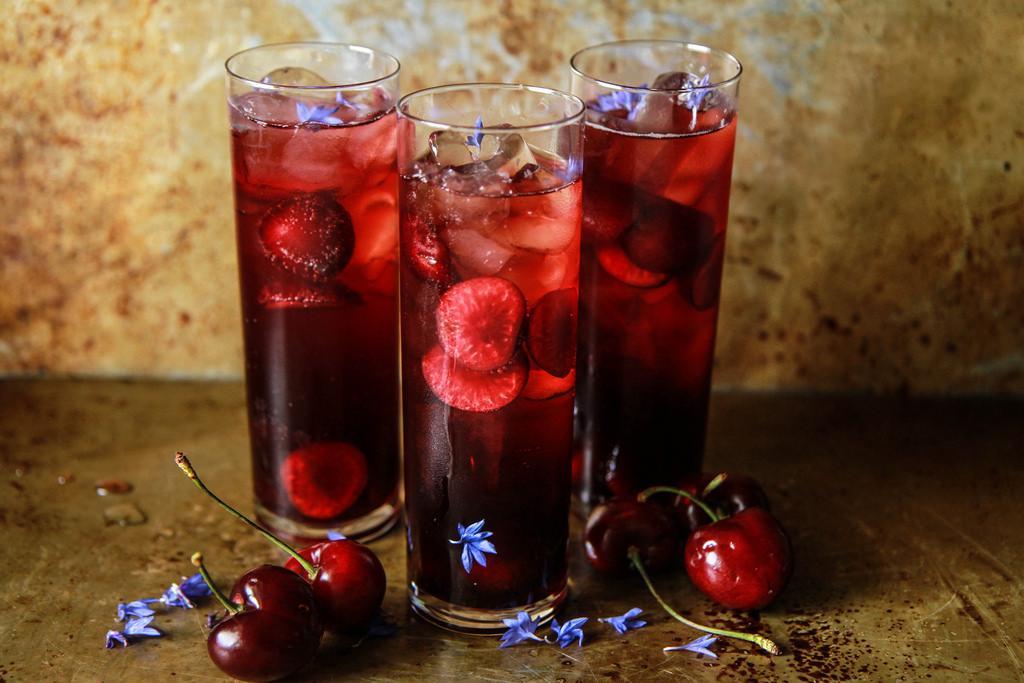 Ром с вишневым соком