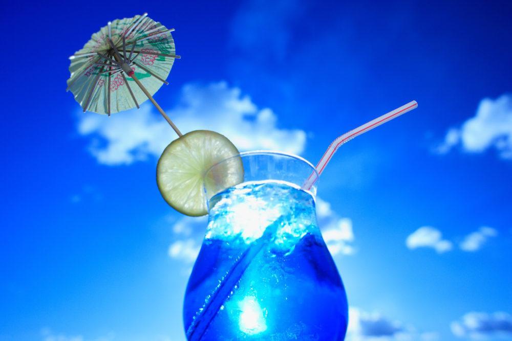 Фото коктейля голубая лагуна