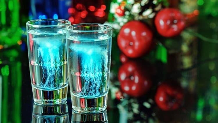 Алкогольный коктейль Медуза