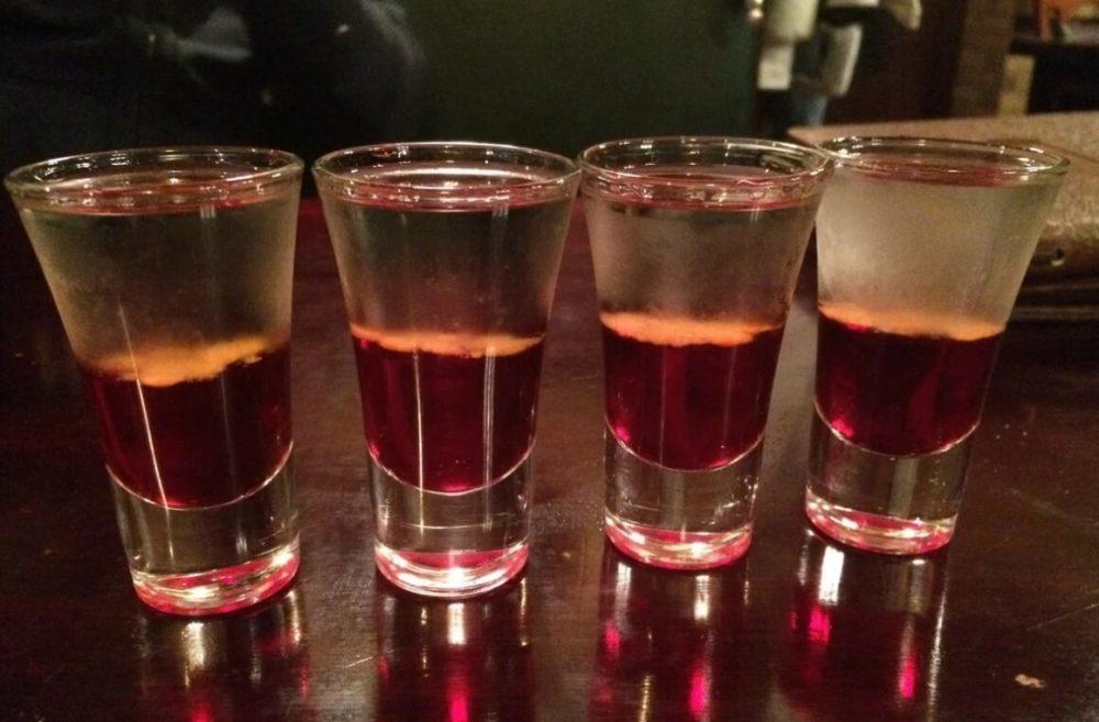 Русский алкогольный коктейль Боярский