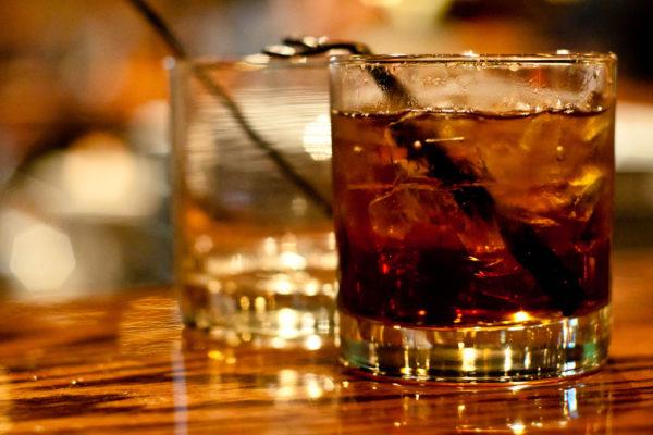 Водка кола коктейль